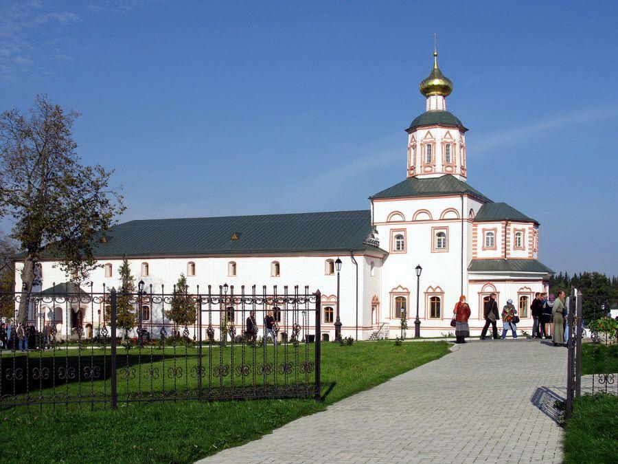 Фото архитектура Иверского монастыря