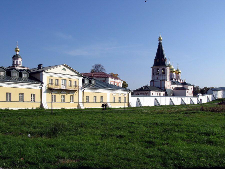 Панорама Иверского мужского монастыря фото
