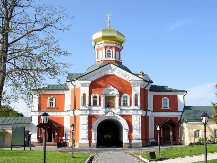 Иверский Святоозерский Борогодицкий Валдайский мужской монастырь фото