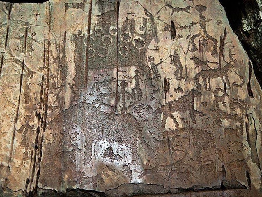 Фотография петроглифов в урочище Калбак-Таш