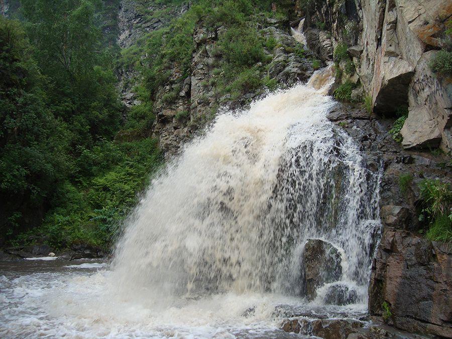 Камышлинский водопад фото Алтая