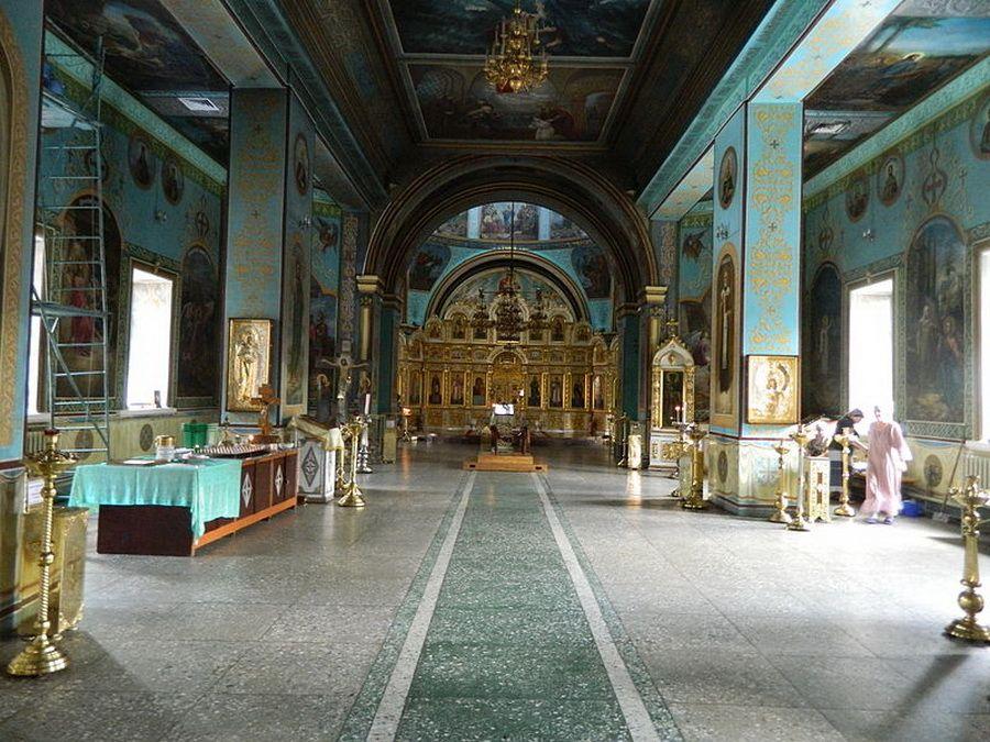 Фото внутреннего убранства Казанского собора в Волгограде