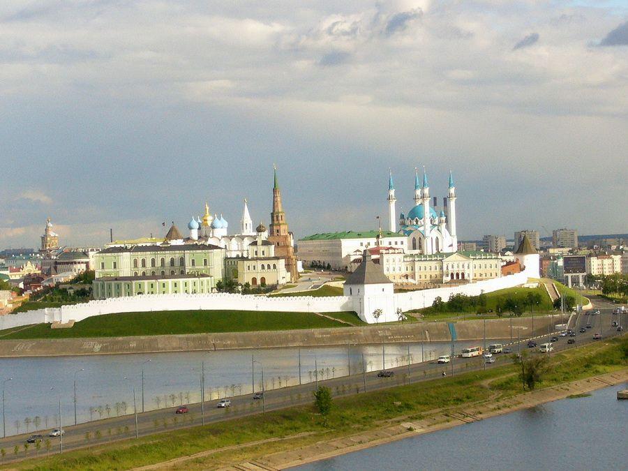 Панорама Казанского Кремля фото с реки