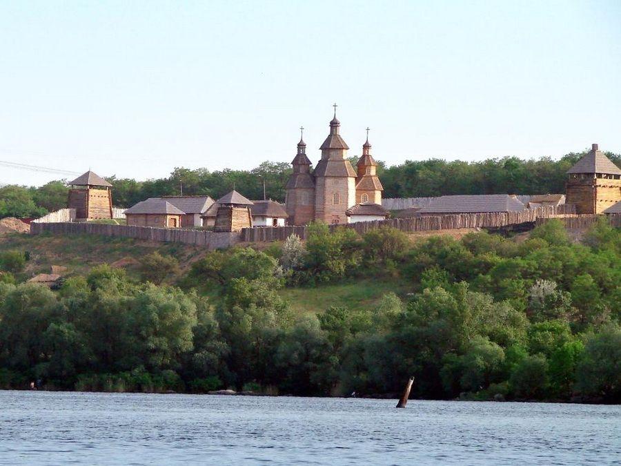 Фото восстановленного поселения Запорожская Сечь на Хортице