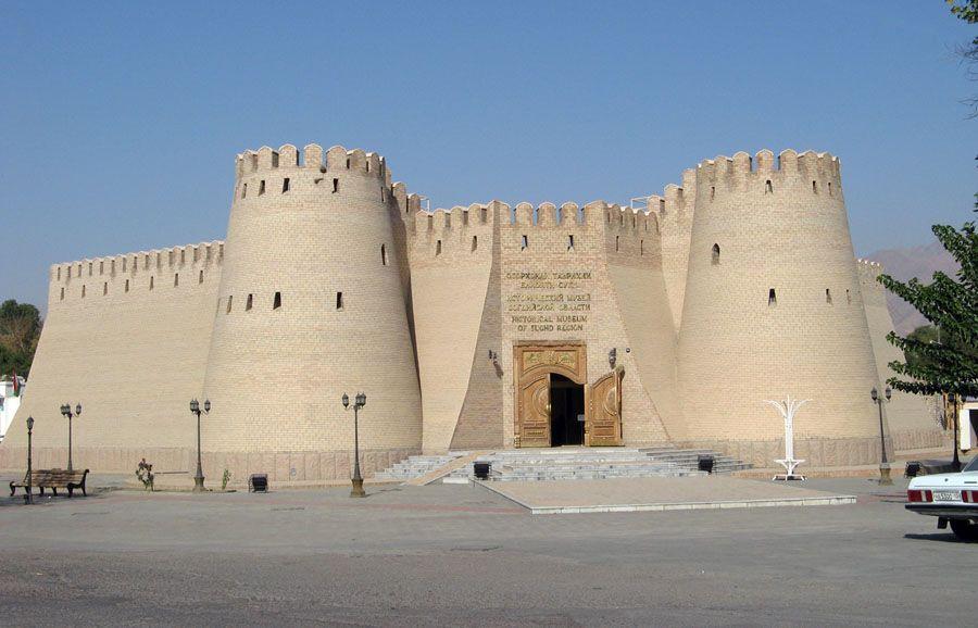 Худжандская крепость  фото