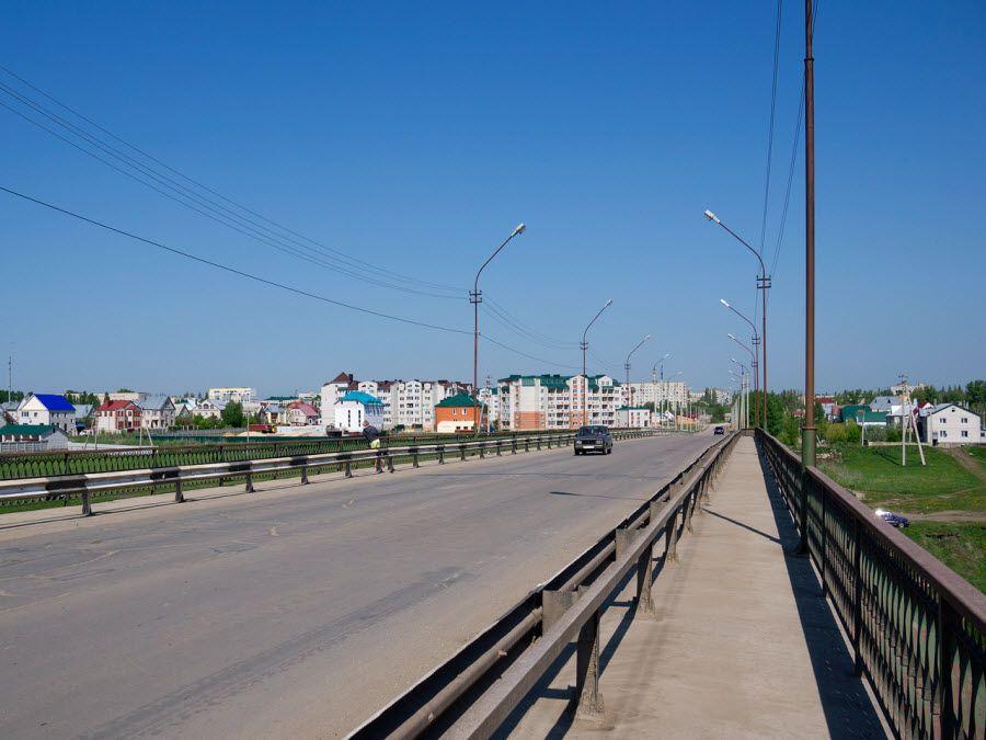 Фото моста через реку Сосну в Ливнах