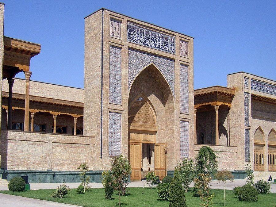 Фото медресе Кукельдаш в Ташкенте
