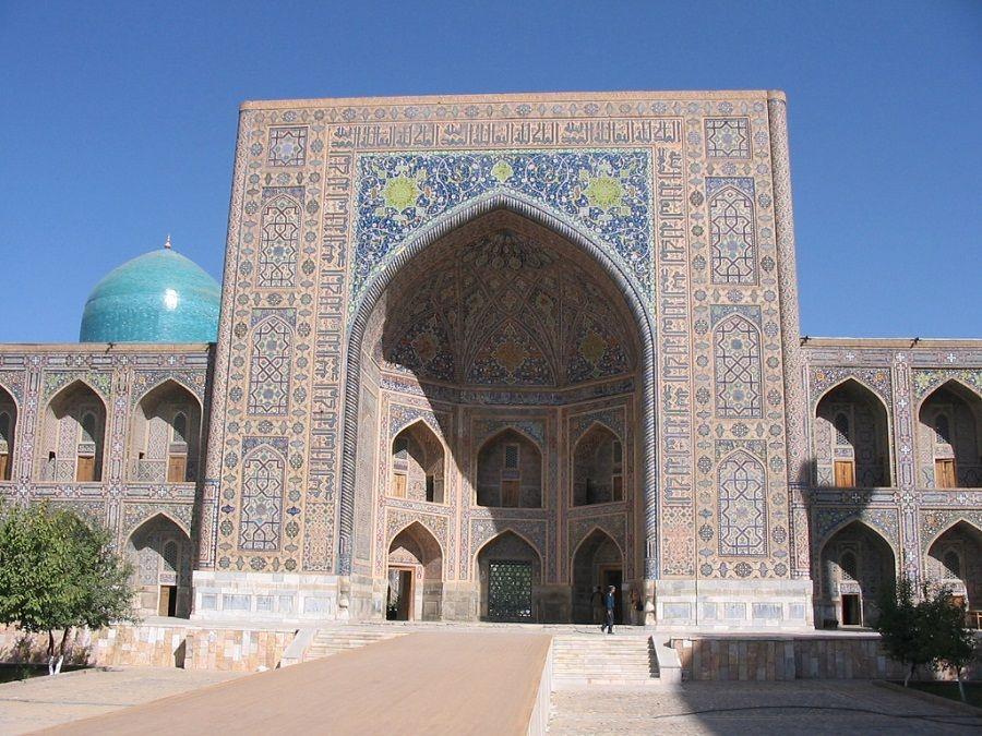 Главные ворота Медресе Кукельдаш фото Ташкента