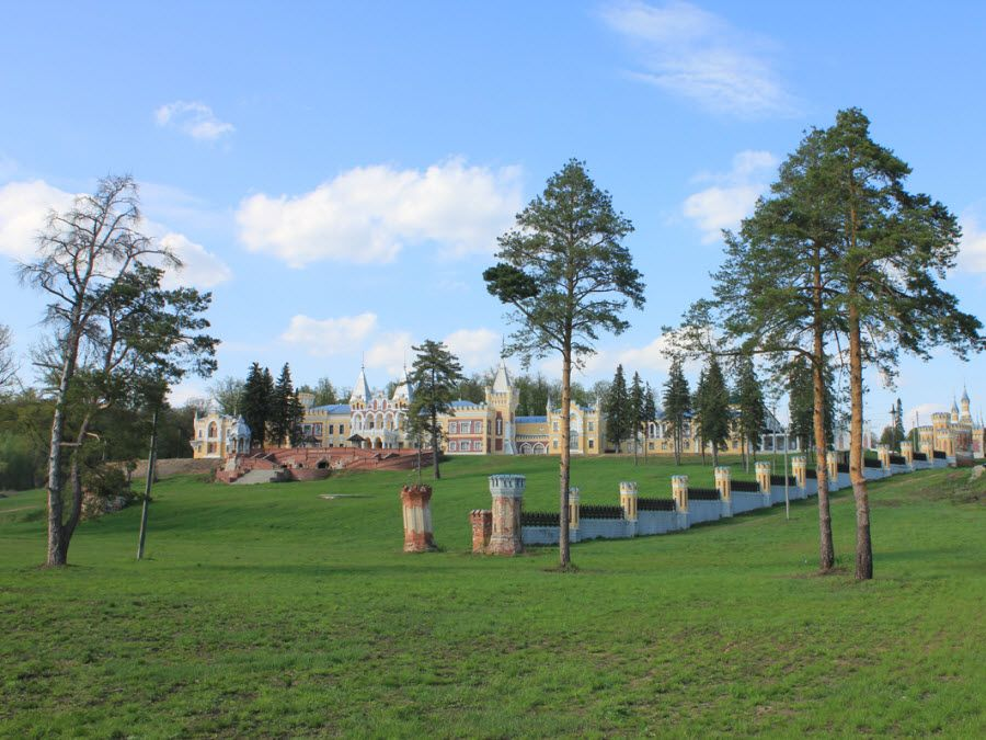 Панорама усадьбы фон Дервиза фото