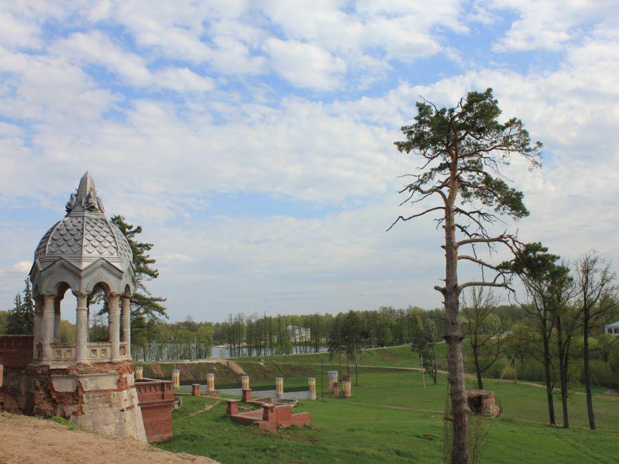 Вид на природу усадьбы фон Дервиза фото