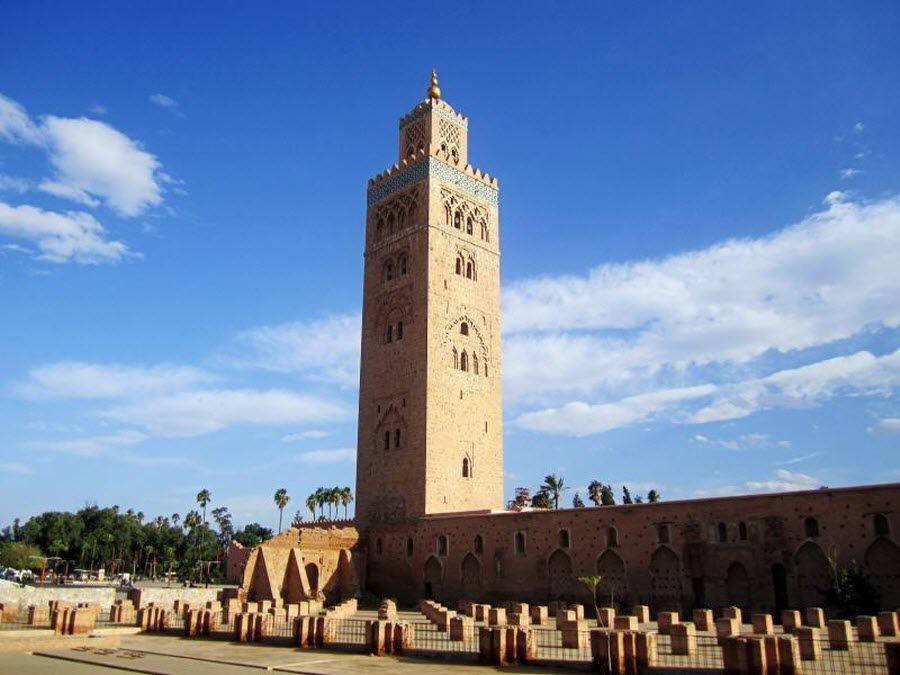 Мечеть Тенсифт-Аль-Хауз в Марракеше фото