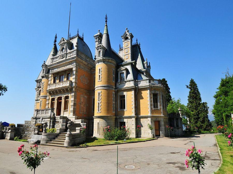 Дворец в Массандре фотография