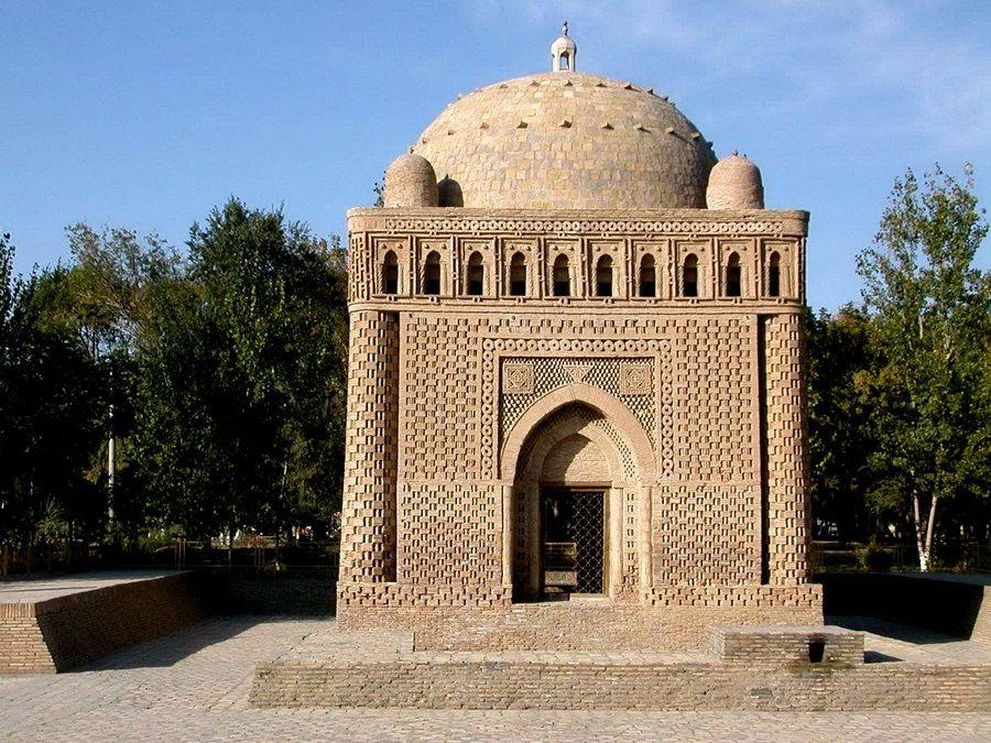 Мавзолей хана Исмаила Самани фото Бухары Узбекистан