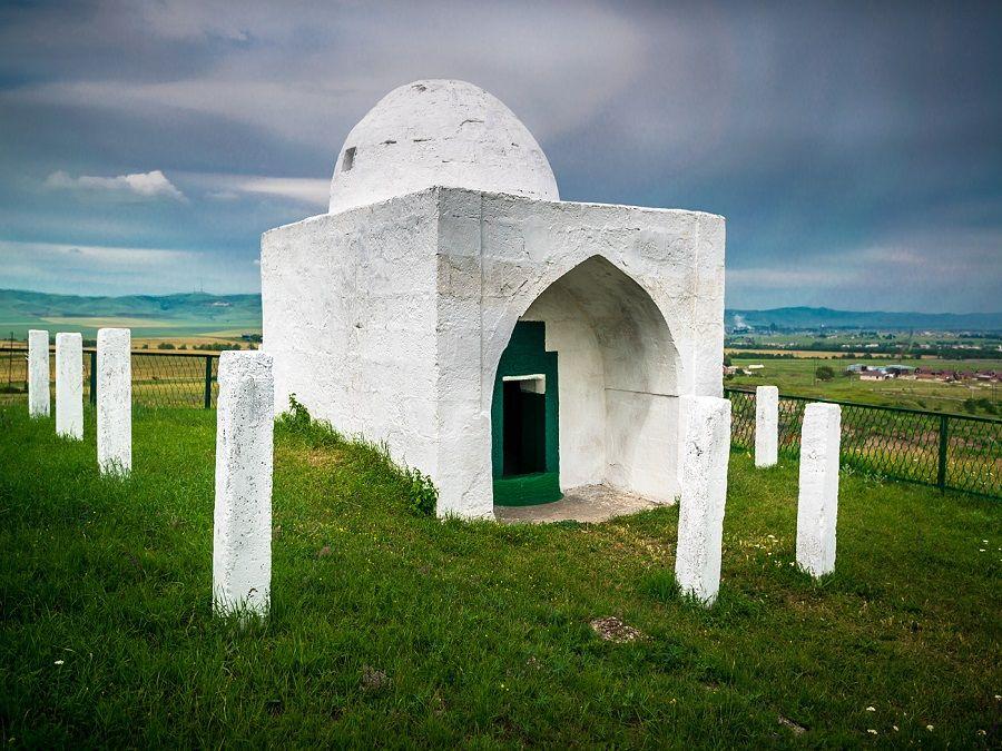 Фотография мавзолея Борга-Каш