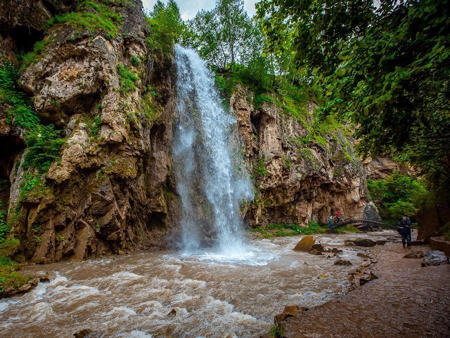 Медовых водопадов
