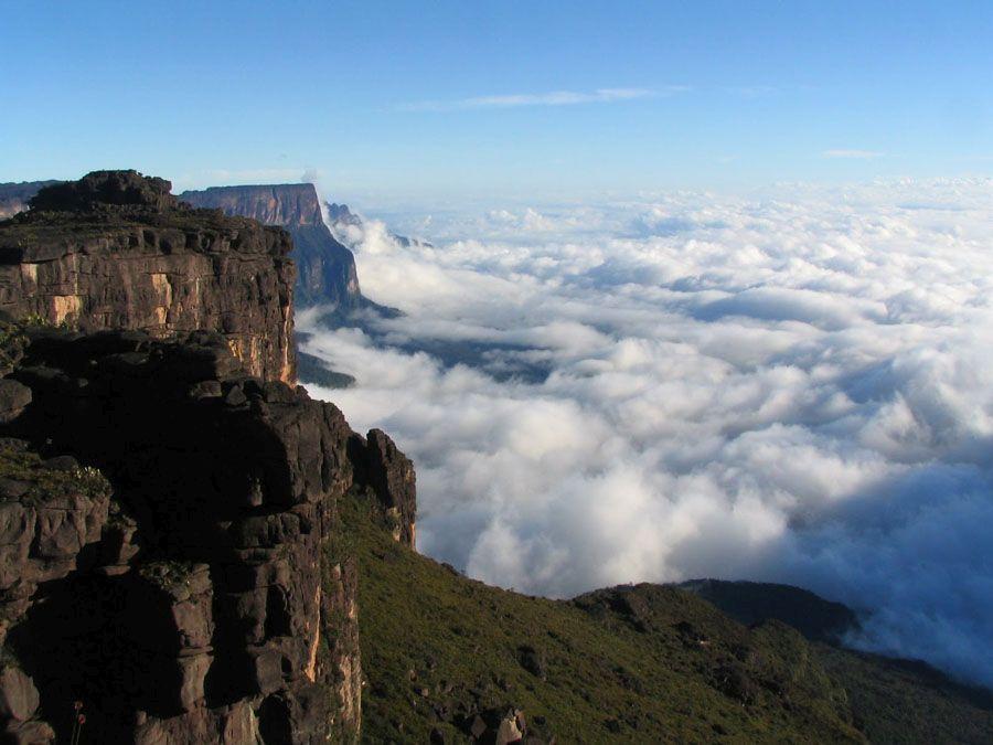 Гора Рорайма в Бразилии фото