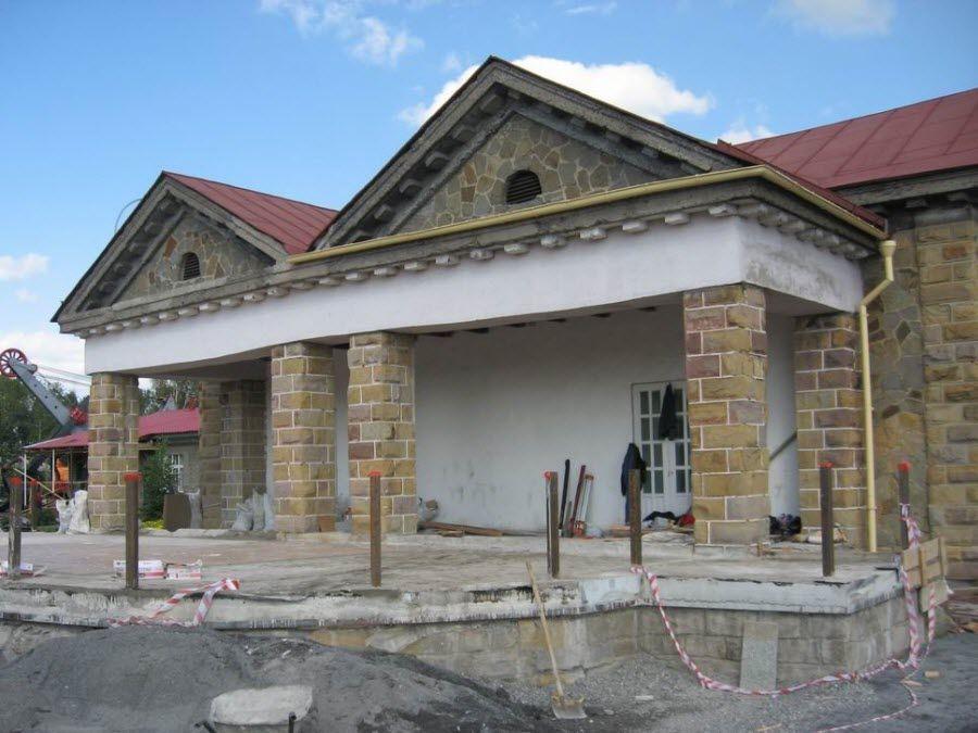Фото пример памятника в «Красной горке»