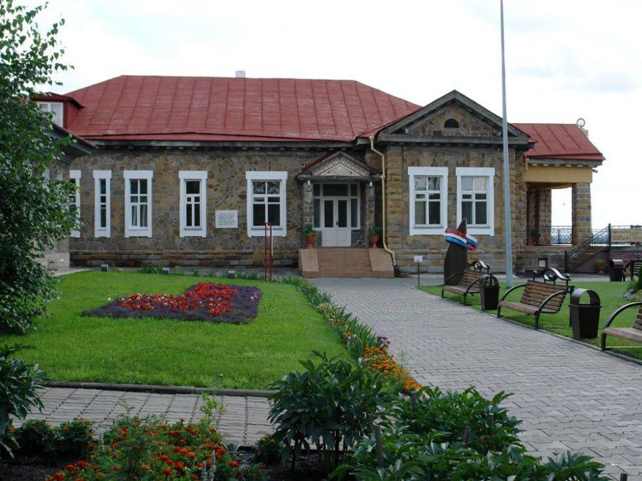 Музей-заповедник «Красная Горка» в Кемеровской области фото