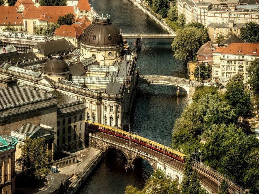 Фото панорамы Музейного острова в Берлине