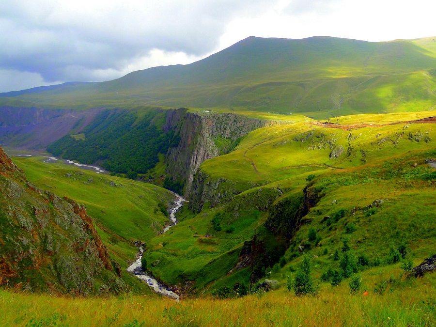 Фотография реки Малки в Приэльбрусье