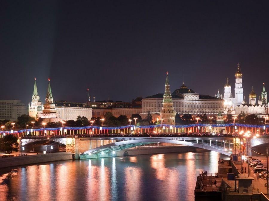 Панорама ночной Москвы фото
