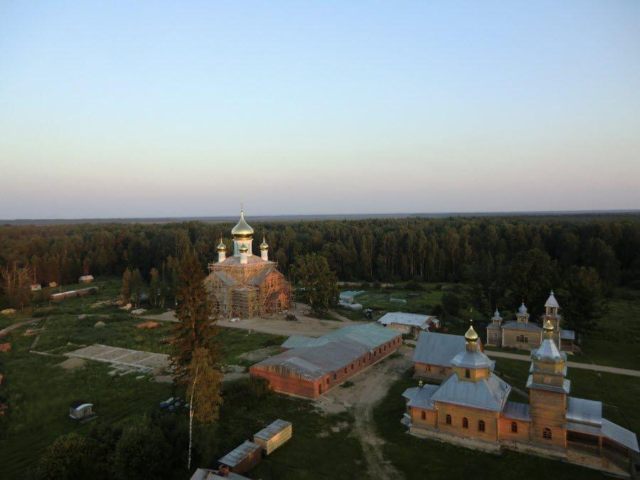 Фото Никандрова Пустынь в Псковской области
