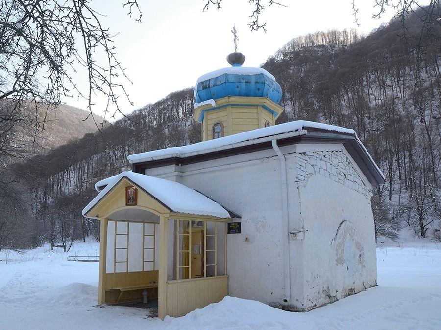 Фотография храма в Нижне-Архызском историческом комплексе