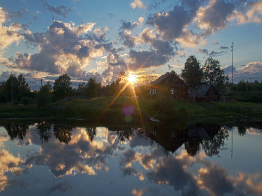 Фото небольшая дервенька в Новгородской области