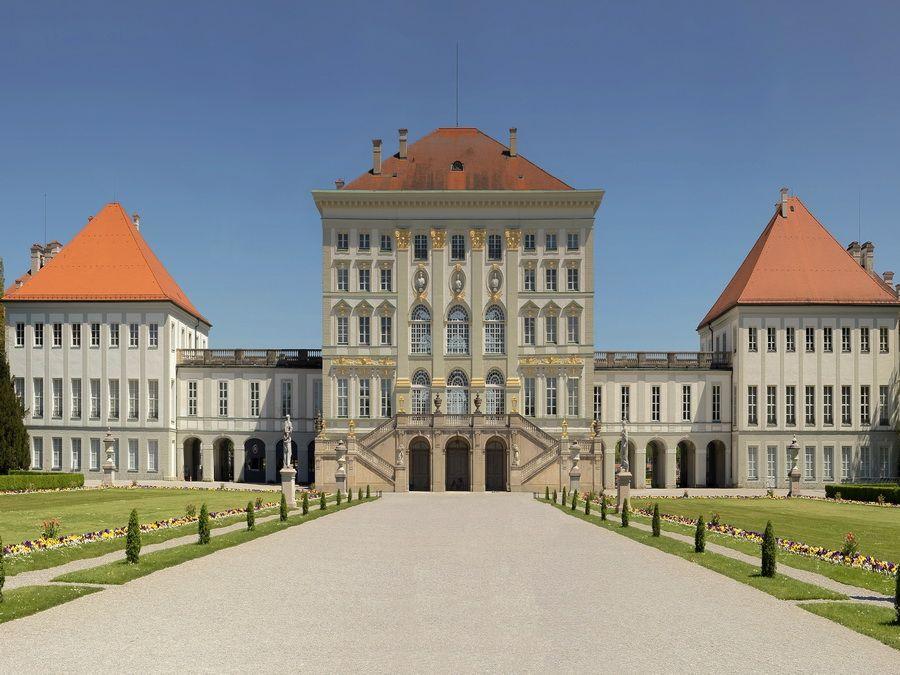 Дворец Нимфенбург в Мюнхене фото