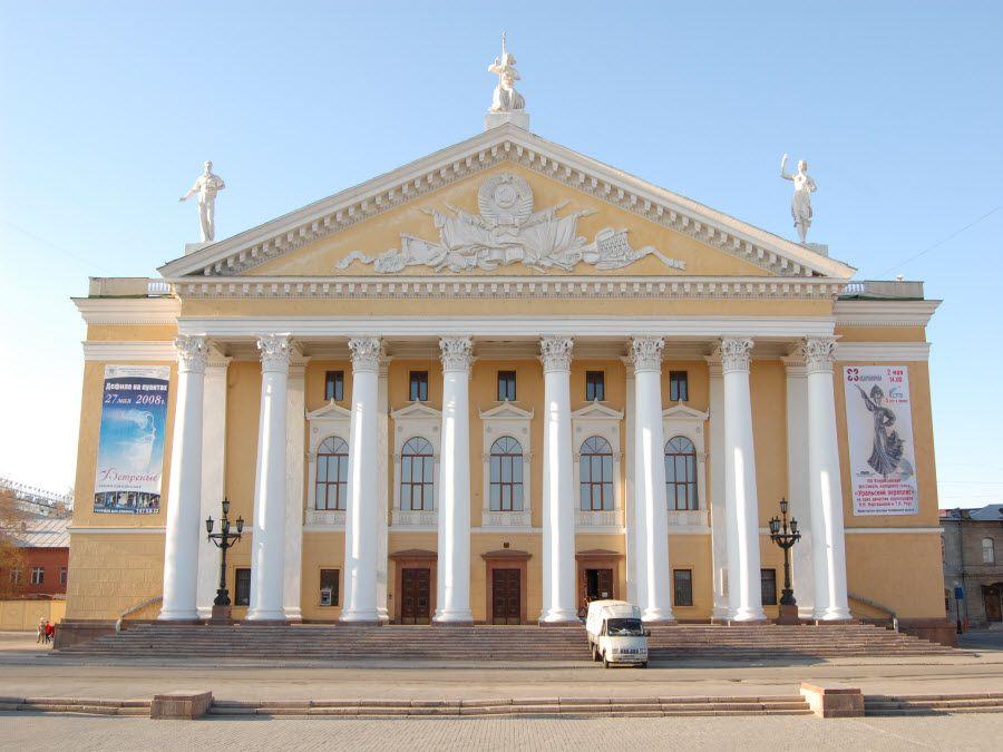 Театр оперы и балета им. М.И. Глинки фото