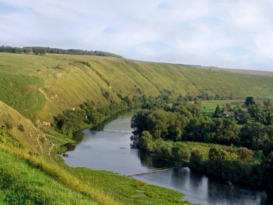 Фото красивой реки Зуши в Орловской области