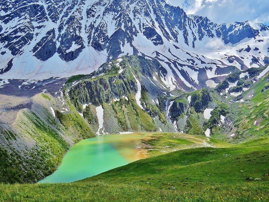 Озеро Донгуз Орун-Кель фото