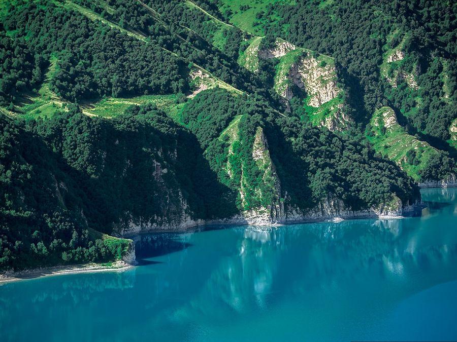 Фотография берега озера Кезеной-Ам