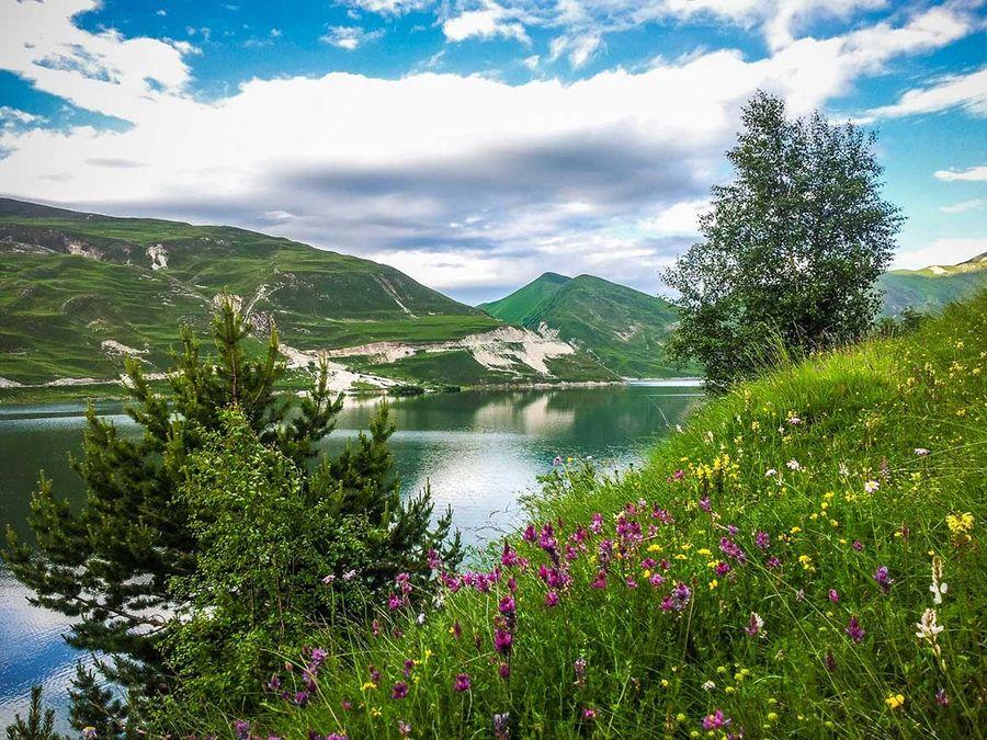 Озеро Кезеной-Ам в Дагестане фото
