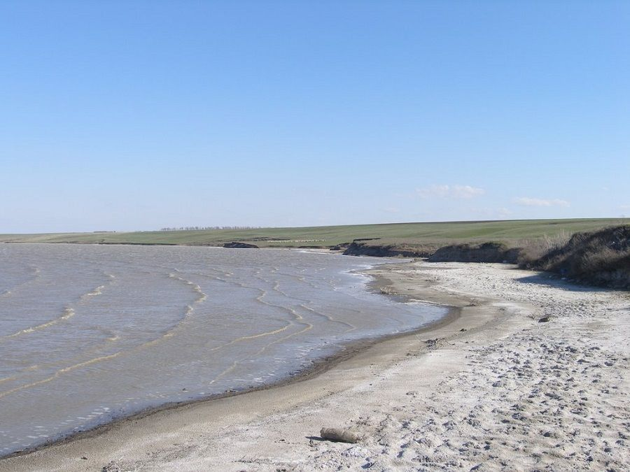 Фотография берега озера Царык