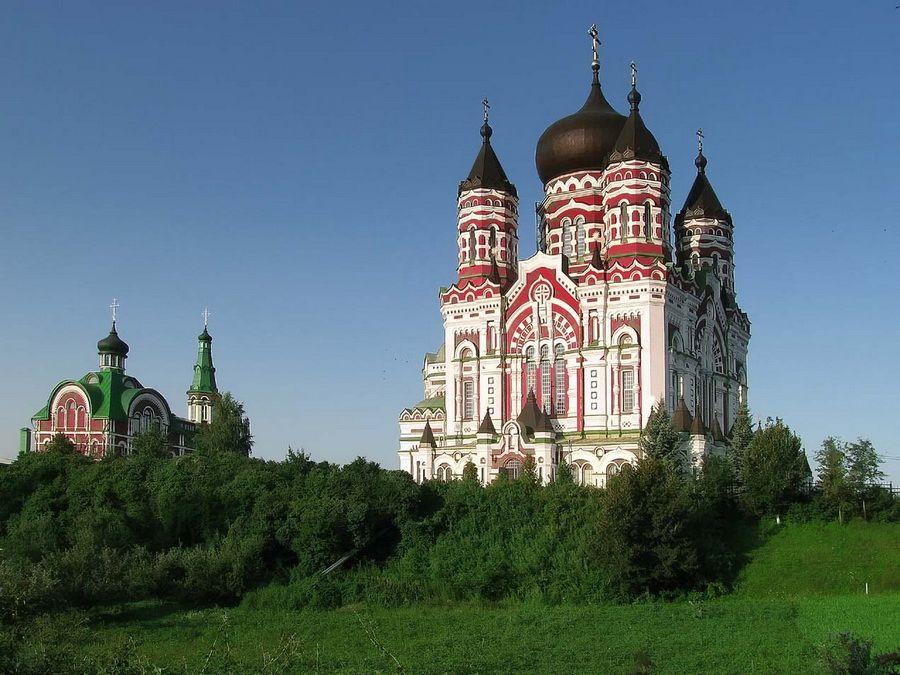 Пантелеймоновский собор фото в парке Феофания