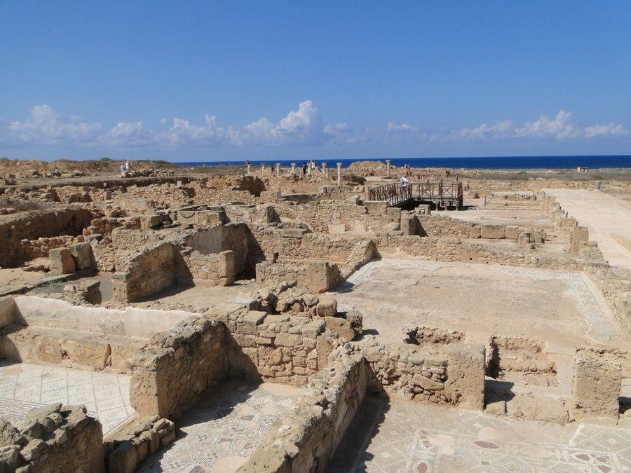 Развалины древнего Пафоса на Кипре фотография