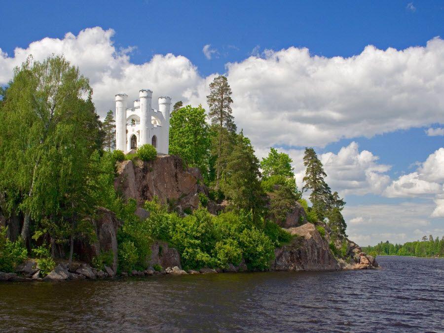 Парк Монрепо в Ленинградской области фото