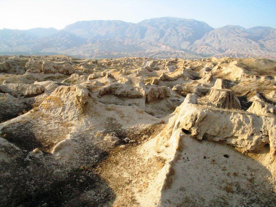 Гористая местность Пенджикента фото