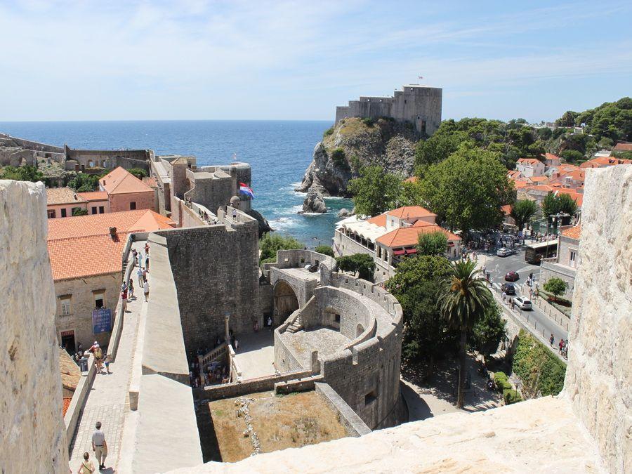 Фотография ворот Пиле в Дубровнике