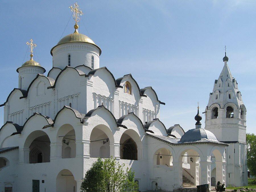 Покровский монастырь в городе Суздаль Владимирской области фото