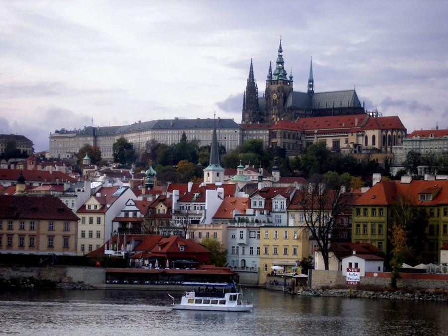 Панорама Праги фото вида с реки