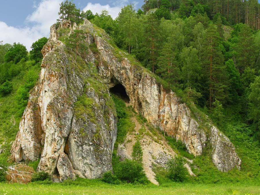 Фотография Миндигуловской пещеры в заповеднике Шульган Таш
