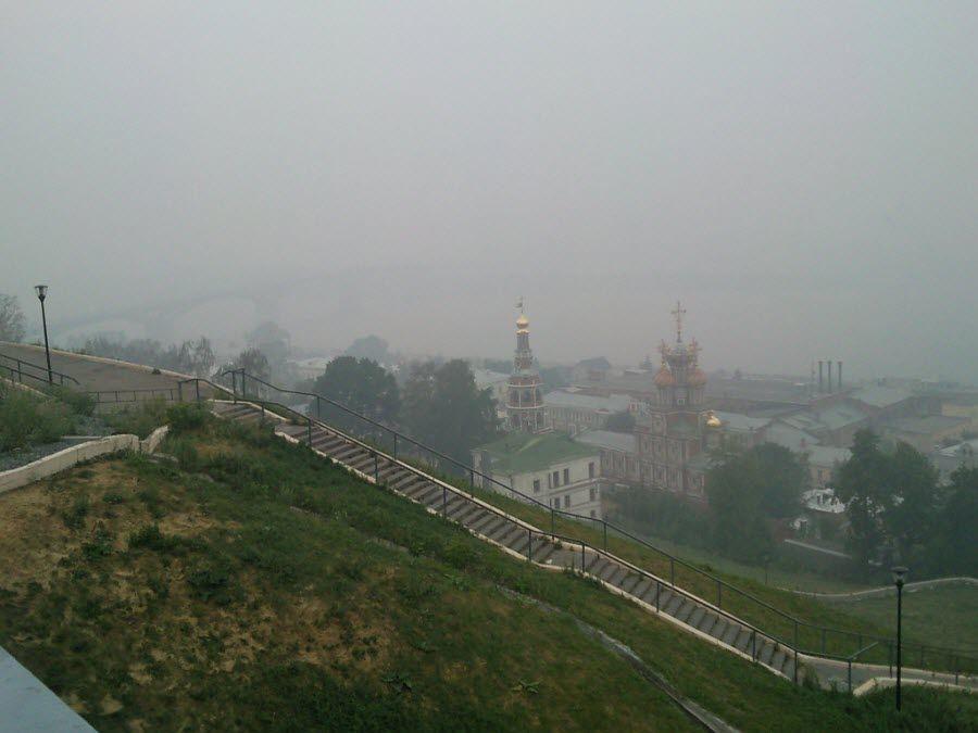Вид на церкви утром с Набережной Федоровского фото