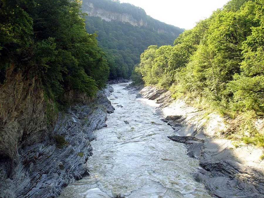 Фото среднего течения реки Белая