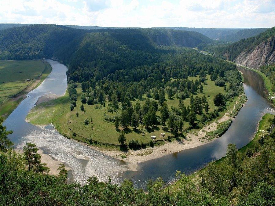 Фото изгиба реки Белой
