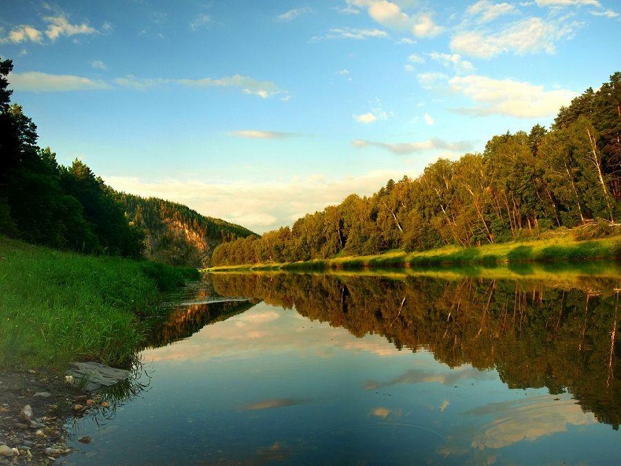 Фотография берегов реки Белая