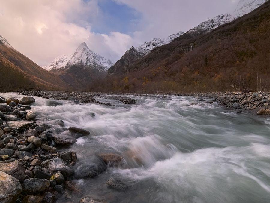Фотография реки Домбай-Ульген в Карачаево-Черкессии