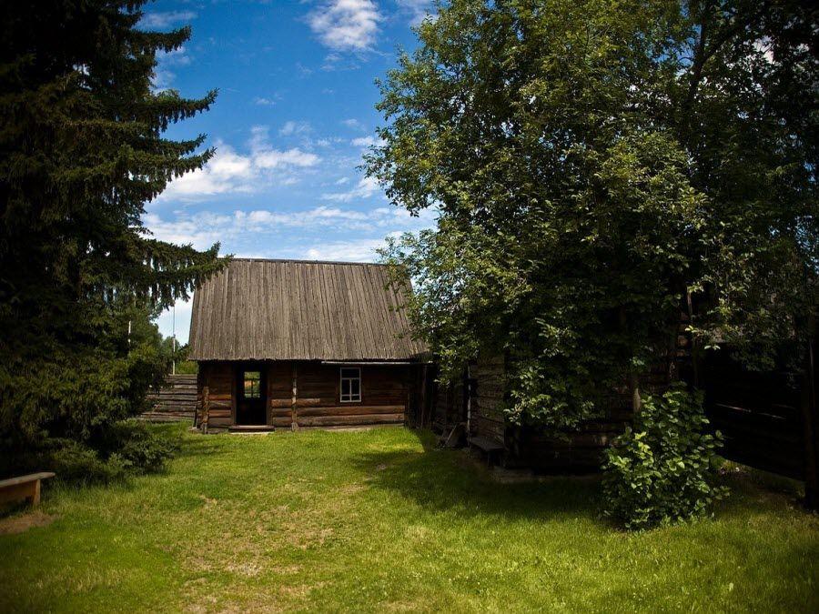 Фото архитектуры Шушенского музея заповедника