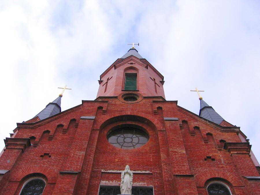Римско-католический (польский) костел Пресвятой Троицы фото